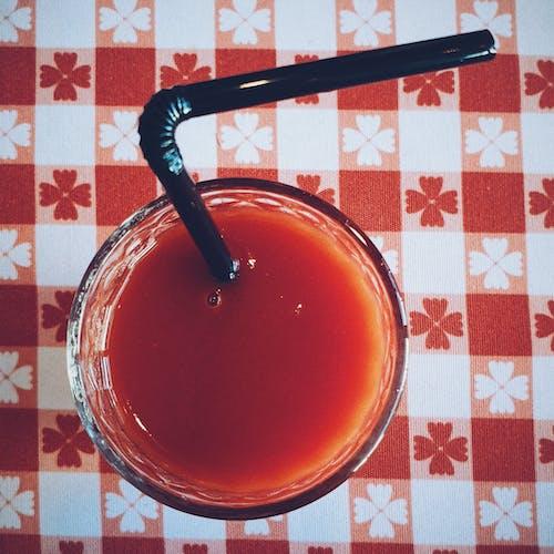 คลังภาพถ่ายฟรี ของ ดื่ม, น้ำมะเขือเทศ, น้ำอัดลม, ผ้าปูโต๊ะ