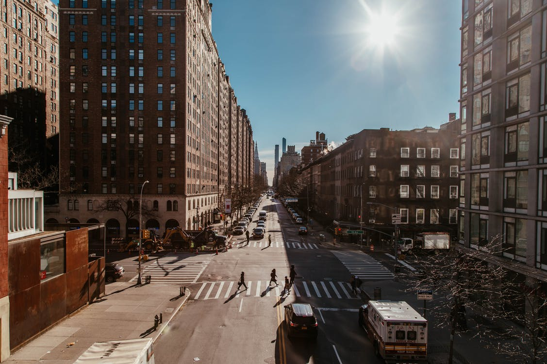 ánh sáng ban ngày, các tòa nhà, đường