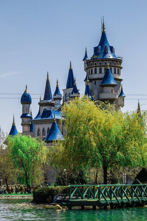 modrá, palác, příroda