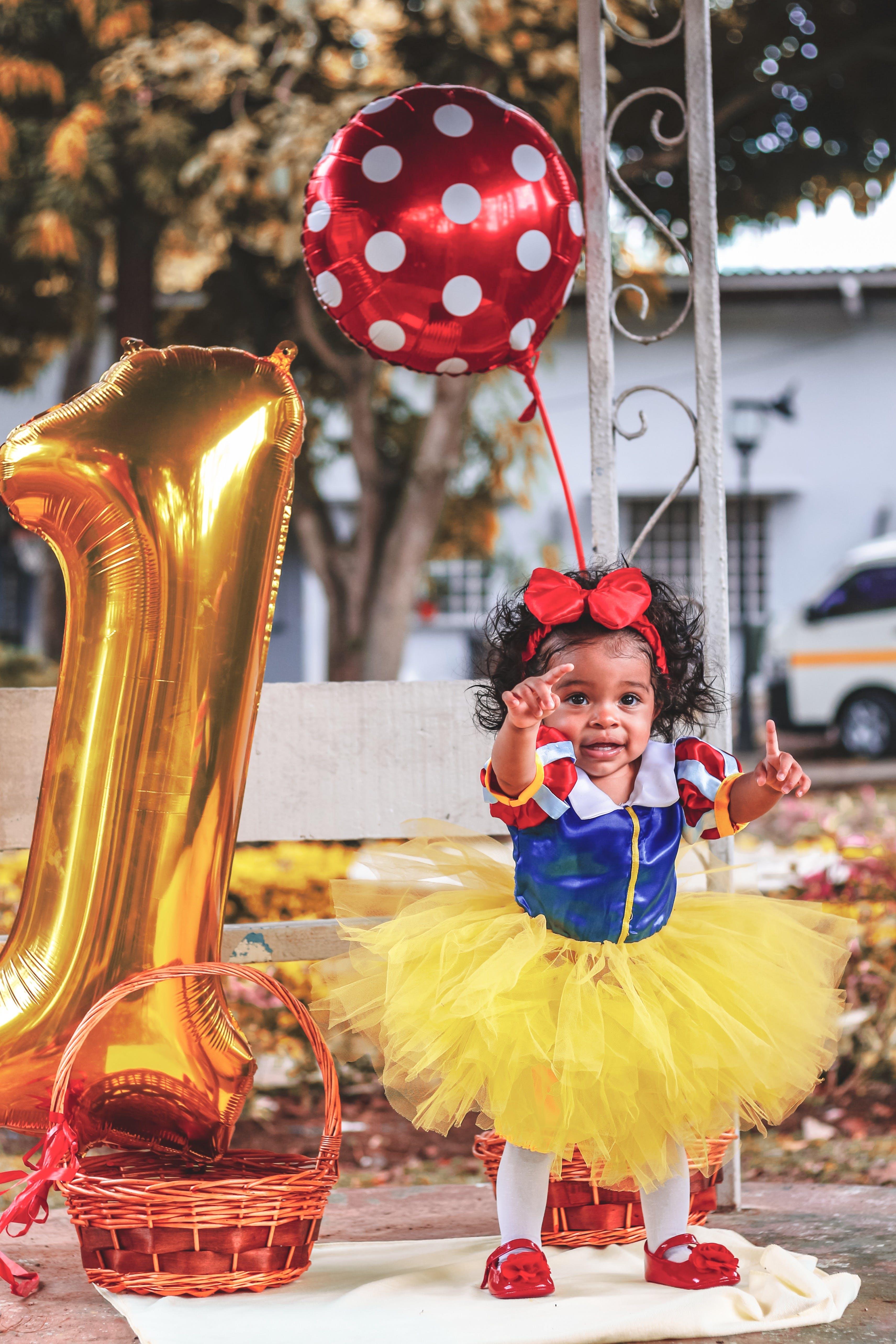 Gratis lagerfoto af baby, balletskørt, balloner, barn