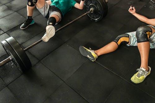 Foto profissional grátis de academia de ginástica, aço, atividade física, ativo