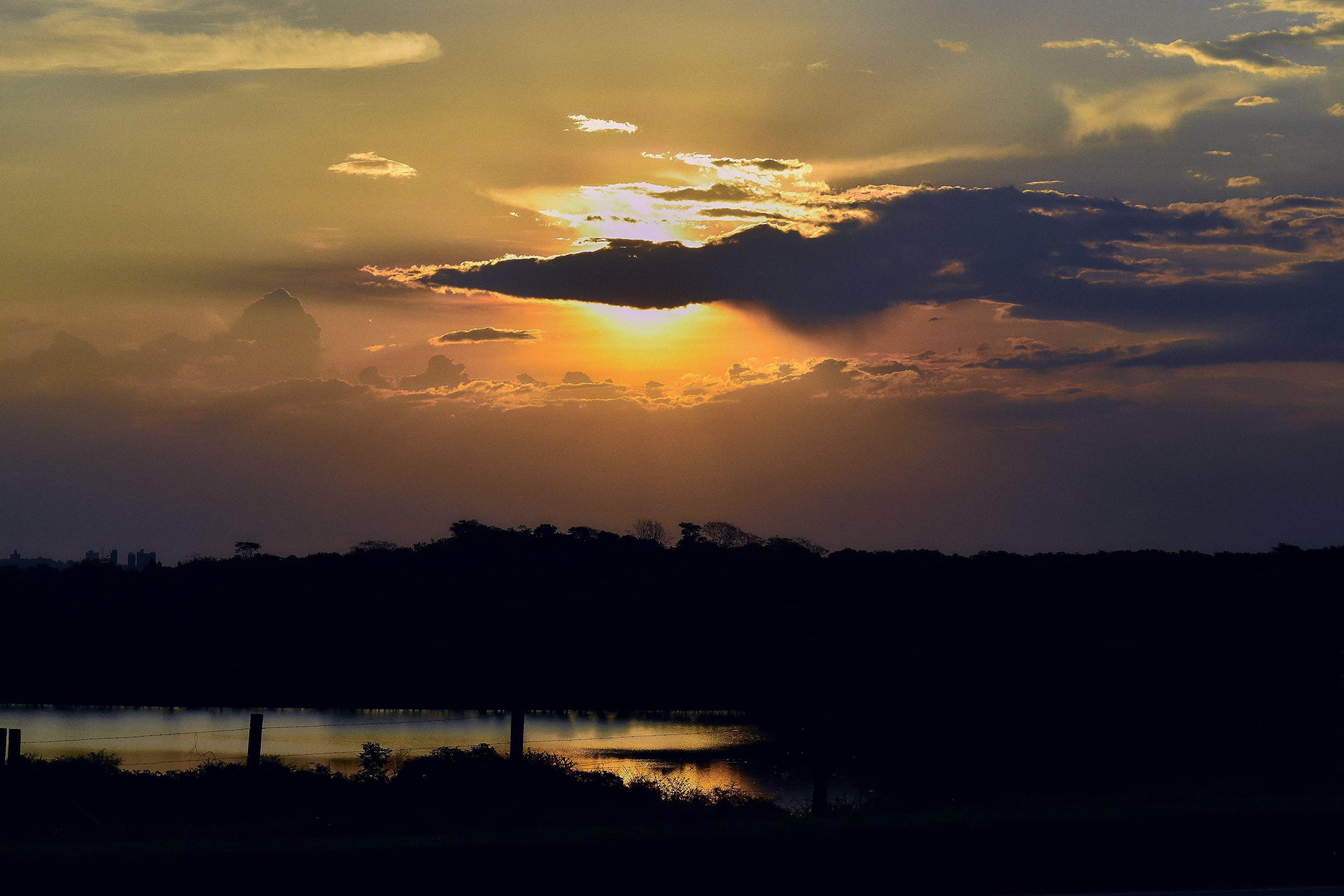 Kostenloses Stock Foto zu crepusculo, entdieter, lago, natureza