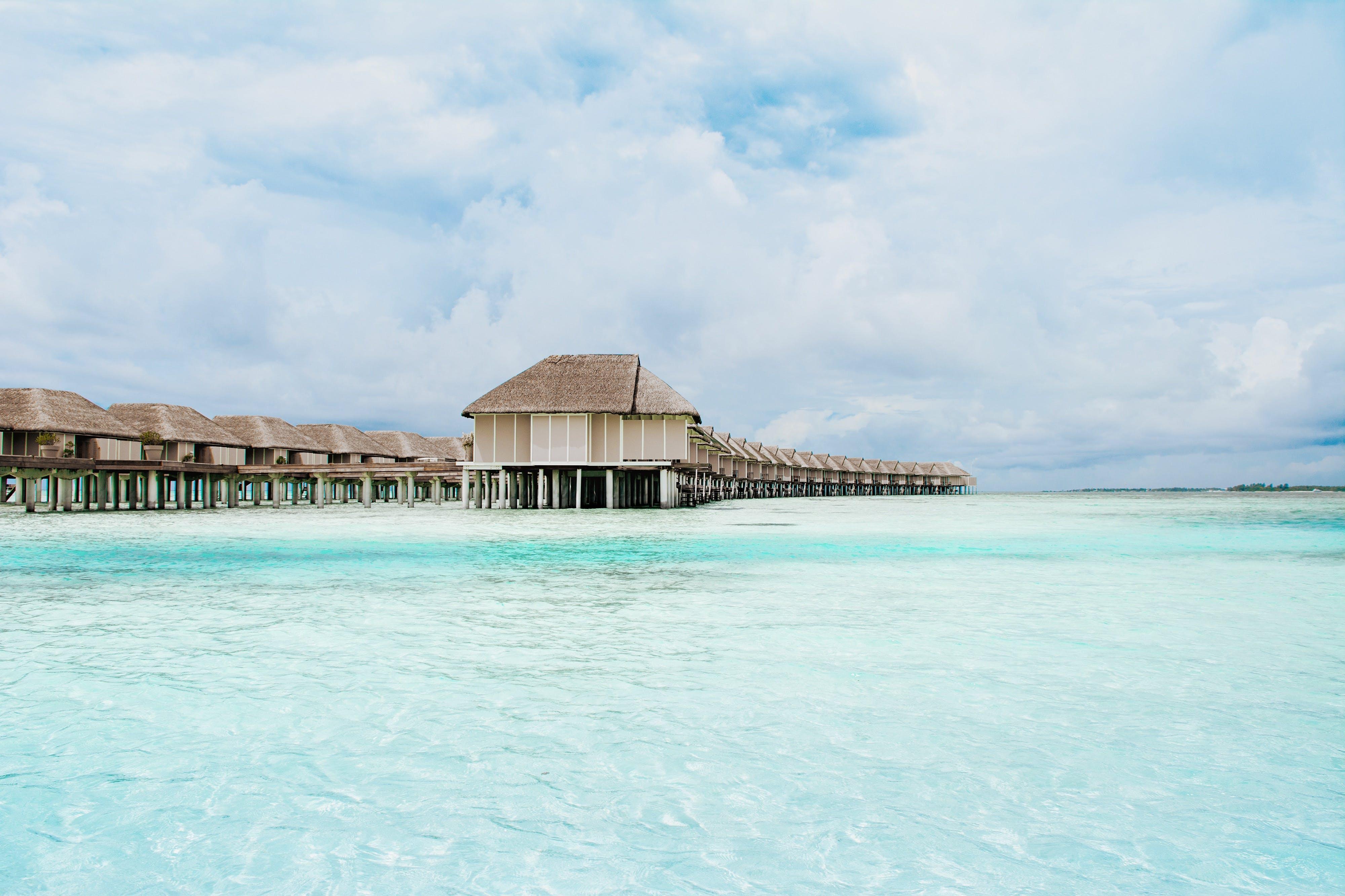 Fotos de stock gratuitas de bungalow, casas de campo, centro turístico, hotel