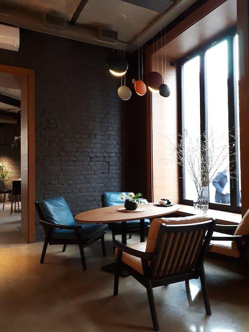 Gratis lagerfoto af boligindretning, bord, design, hængende lys
