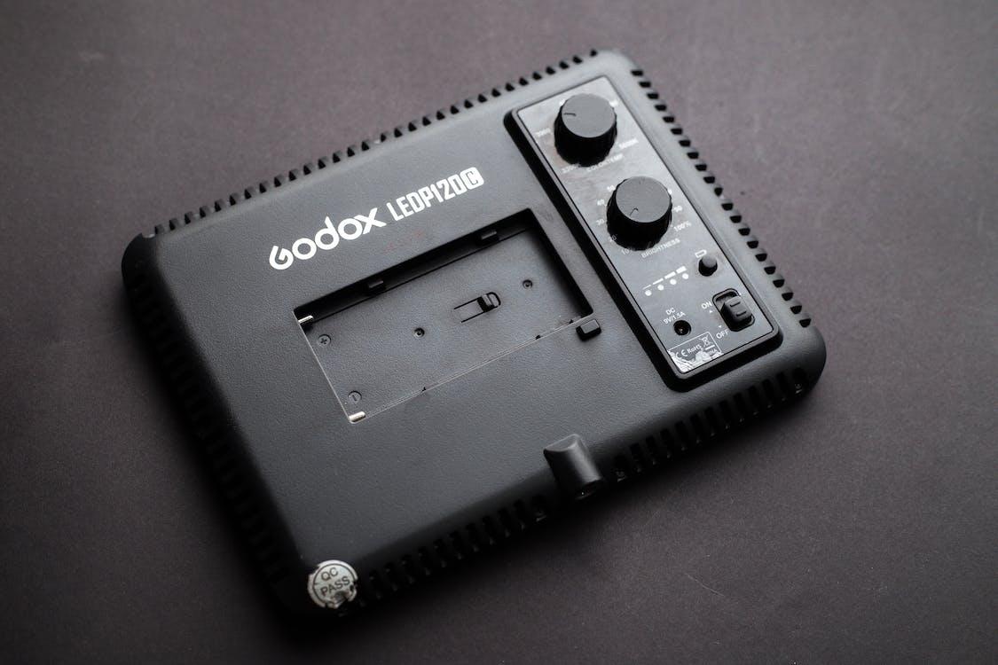 Black Godax Cordless Device