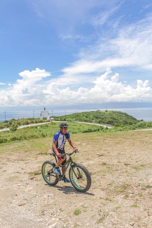 andare in bicicletta, avventura, azione