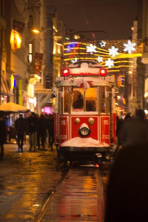 Gratis lagerfoto af gade, istiklal, nat, rød