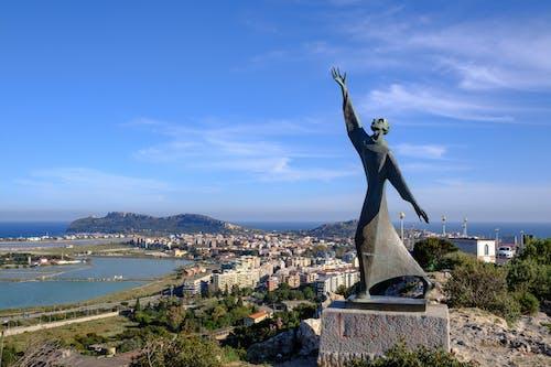 カリアリ, サルデーニャ, サンフランチェスコダシシ像, フジフィルムの無料の写真素材