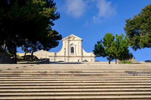 santuario di nostraシニョーラ・ディ・ボナリア, カリアリ, サルデーニャ, フジフィルムの無料の写真素材