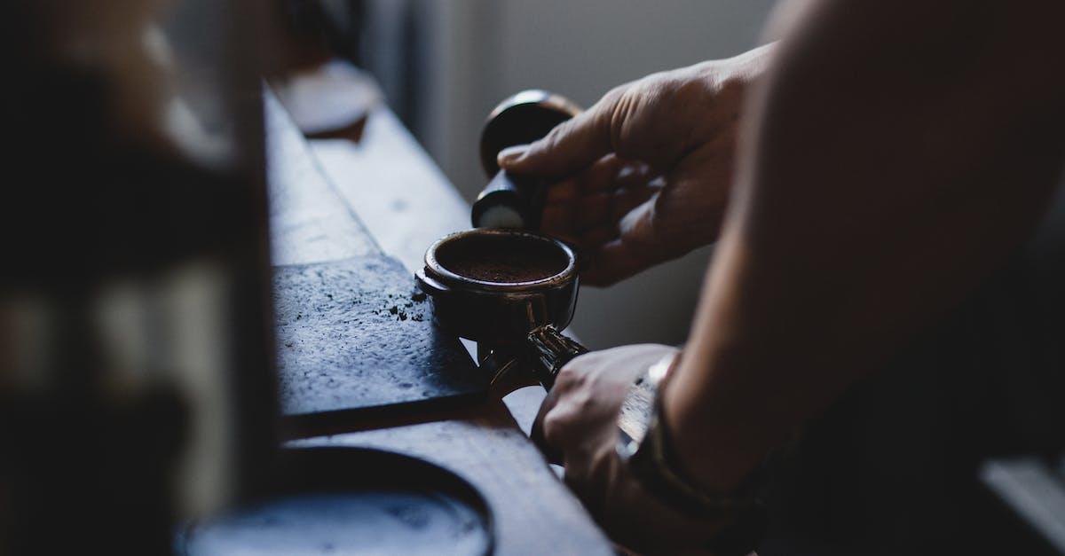 мужчина варит кофе картинки делать