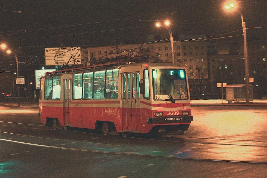 автобус, вечір, Вулиця