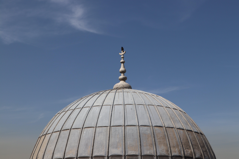 Free stock photo of cati, gökyüzü, Hamam, karga