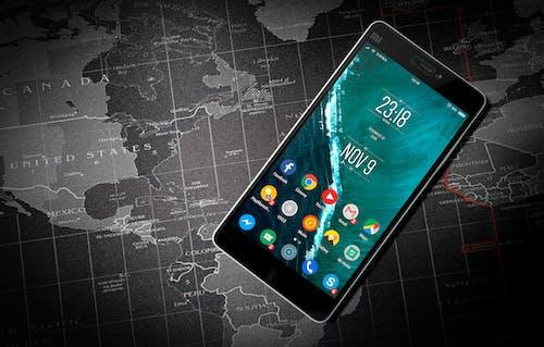 Ilmainen kuvapankkikuva tunnisteilla aika, älypuhelin, digitaalinen, elektroniikka