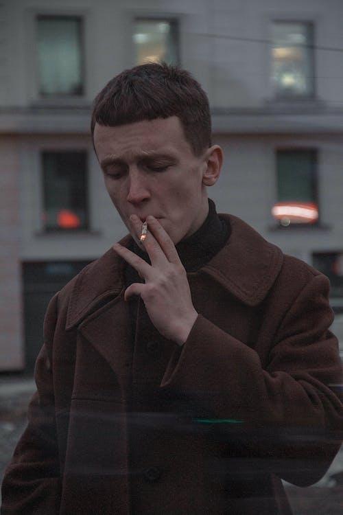 barvy, chlápek, cigareta