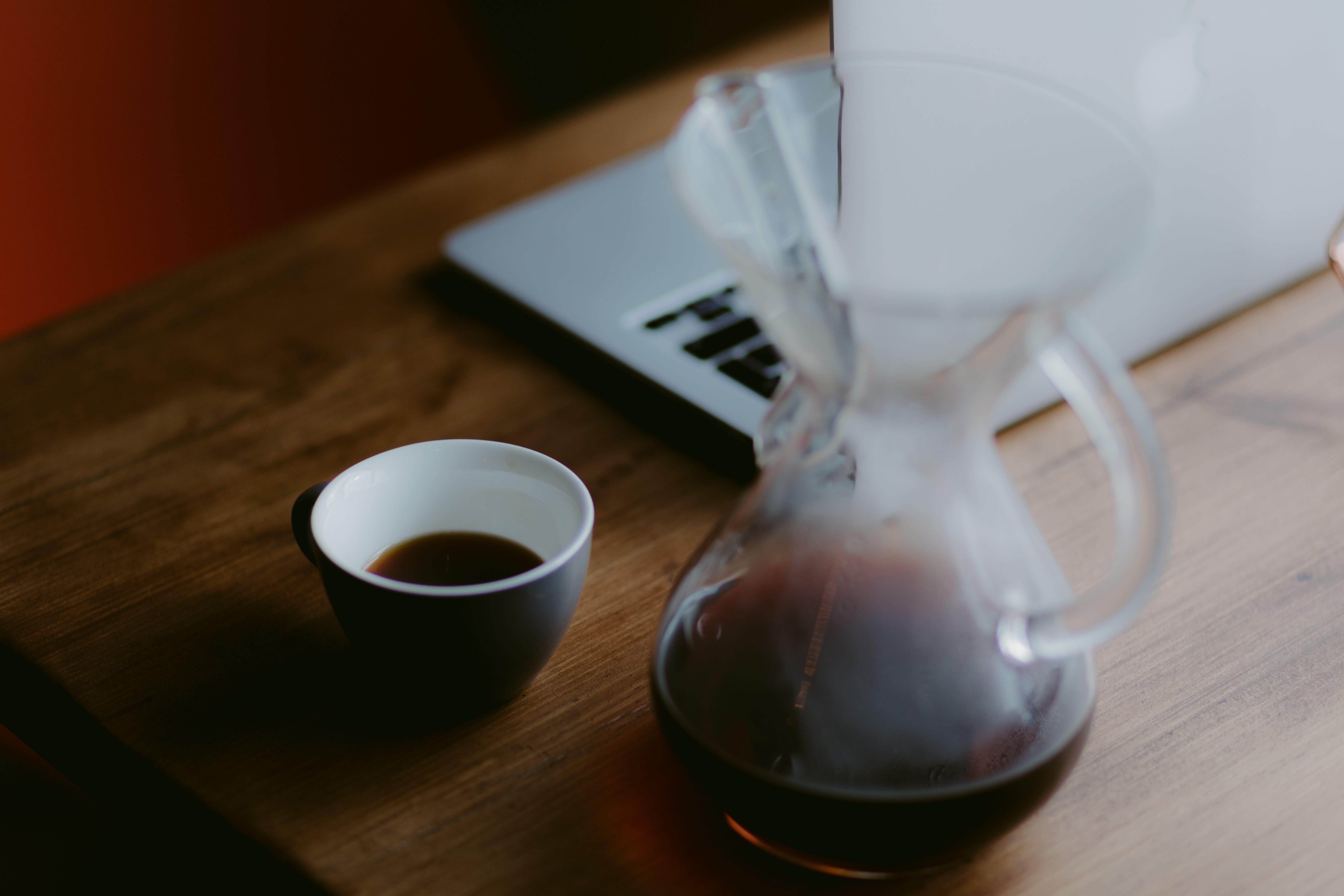 Kostenloses Stock Foto zu café, dämmerung, drinnen, dunkel