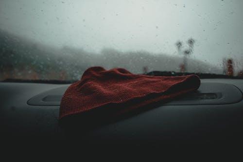 Foto profissional grátis de borrão, chapéu, interior do carro, mancha