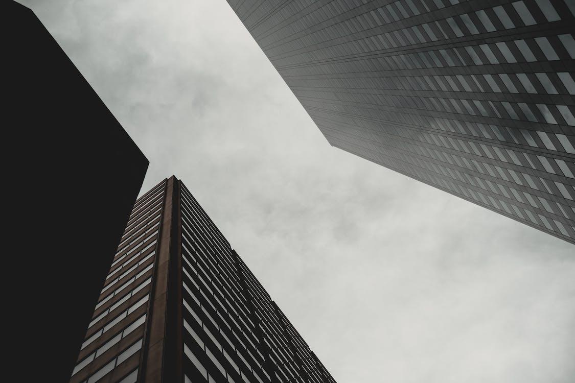 ガラスアイテム, コンテンポラリー, スカイライン