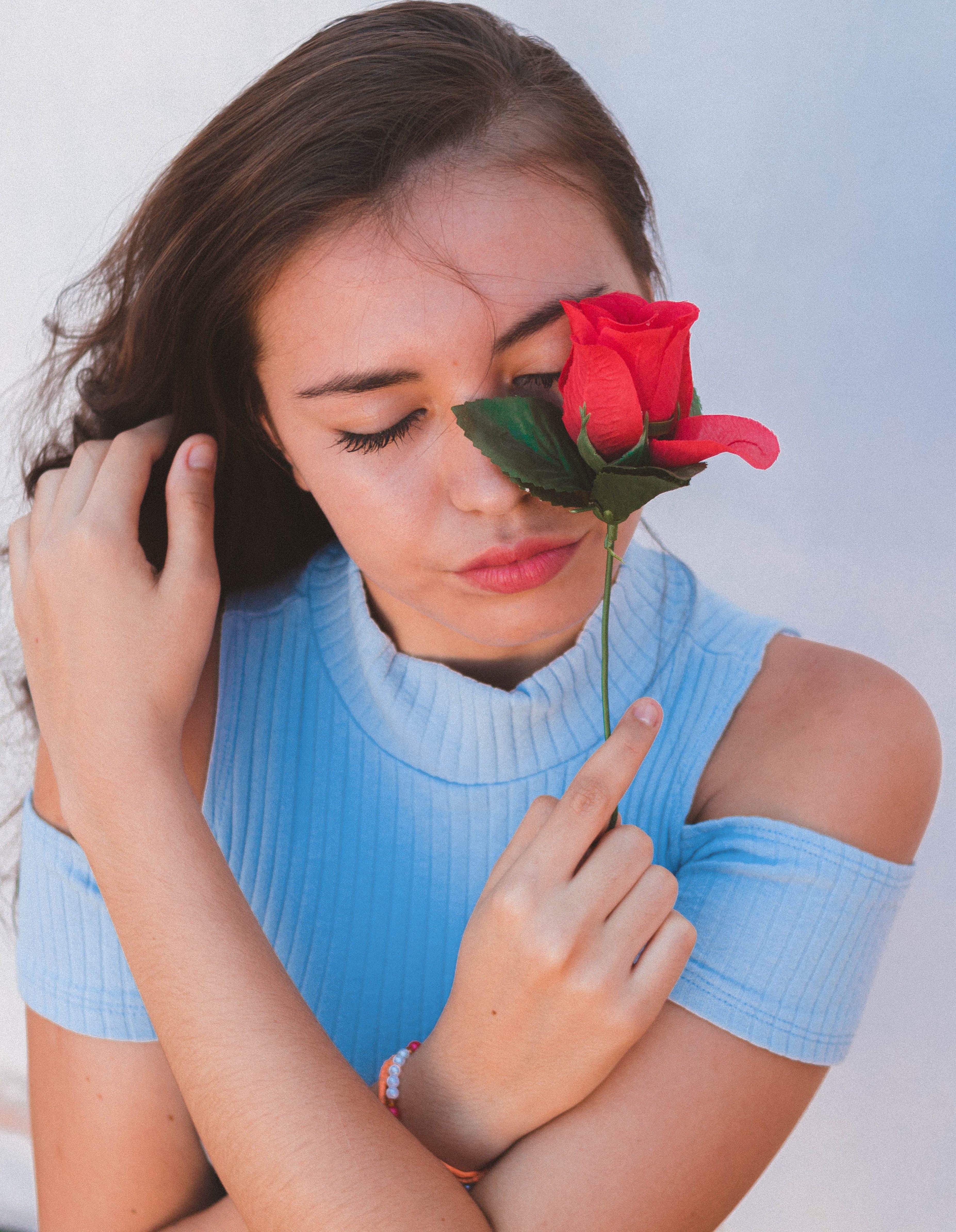 Základová fotografie zdarma na téma červené růže, elegance, elegantní, krása