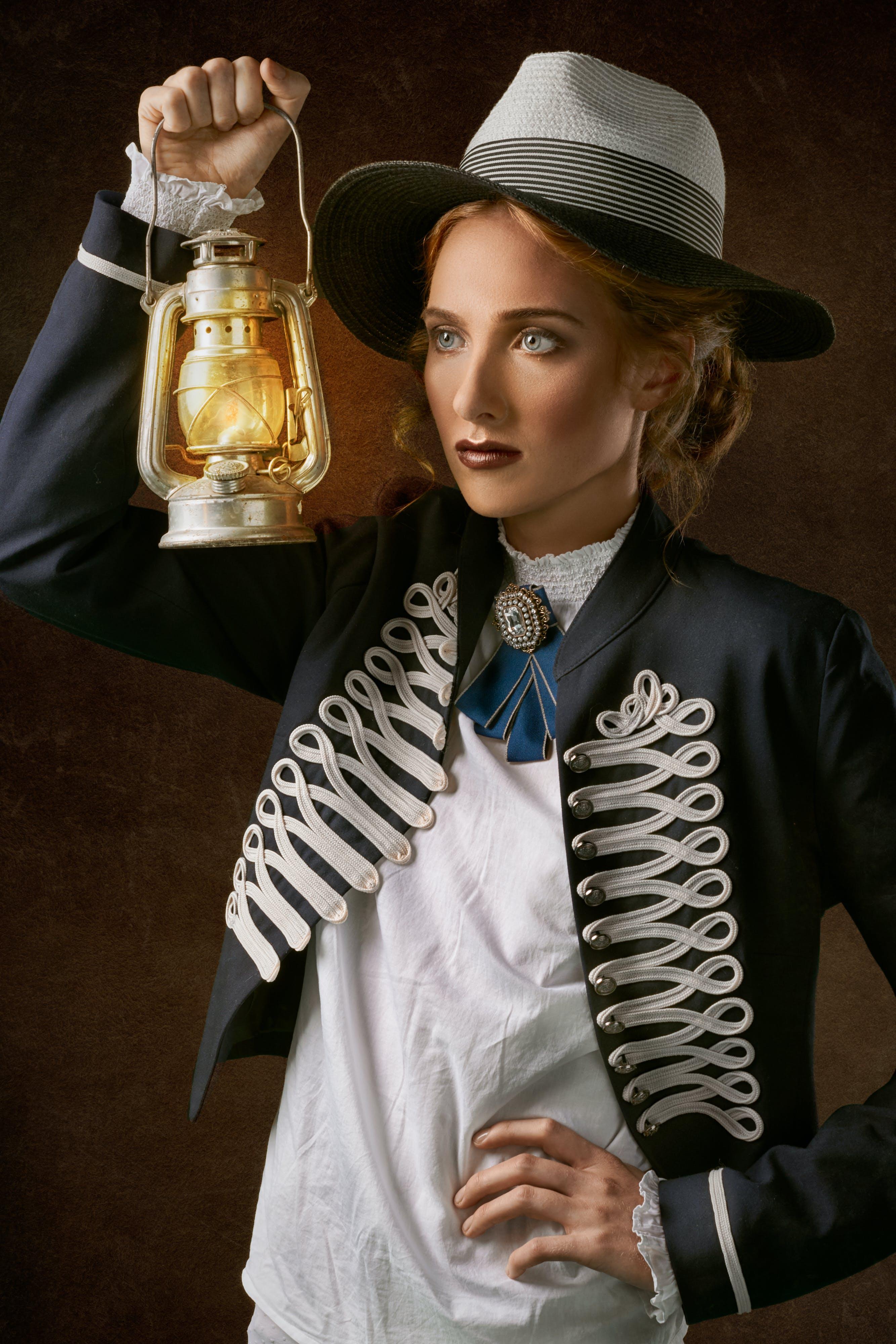 Ingyenes stockfotó álló kép, arckifejezés, beltéri, divat témában