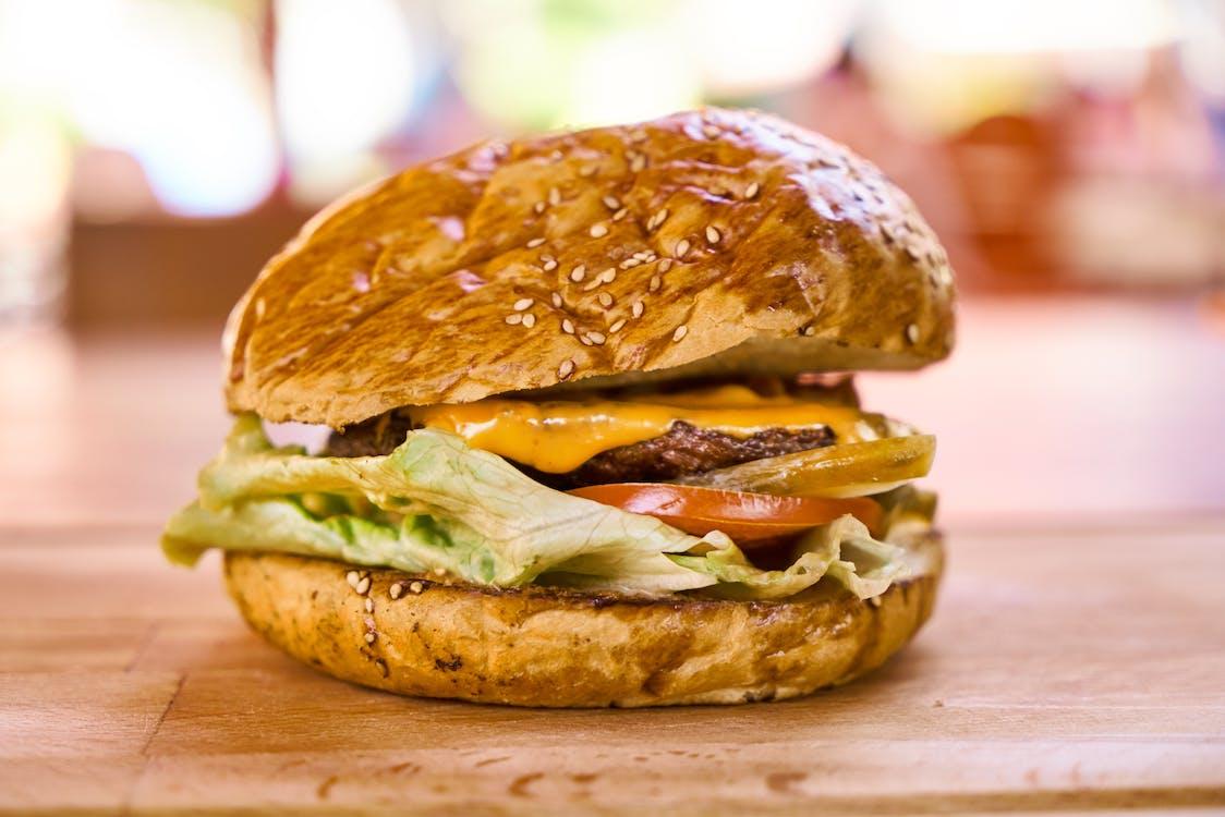 akşam yemeği, burger, çörek