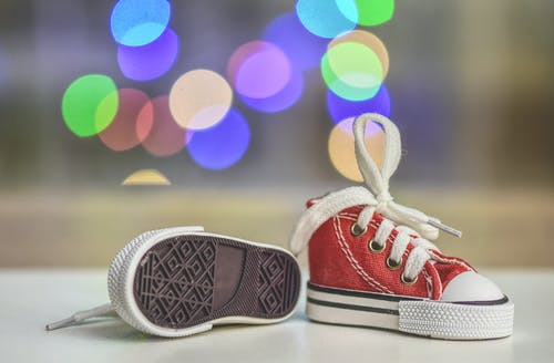 Baby's Red-and-white Low-top Sneakers