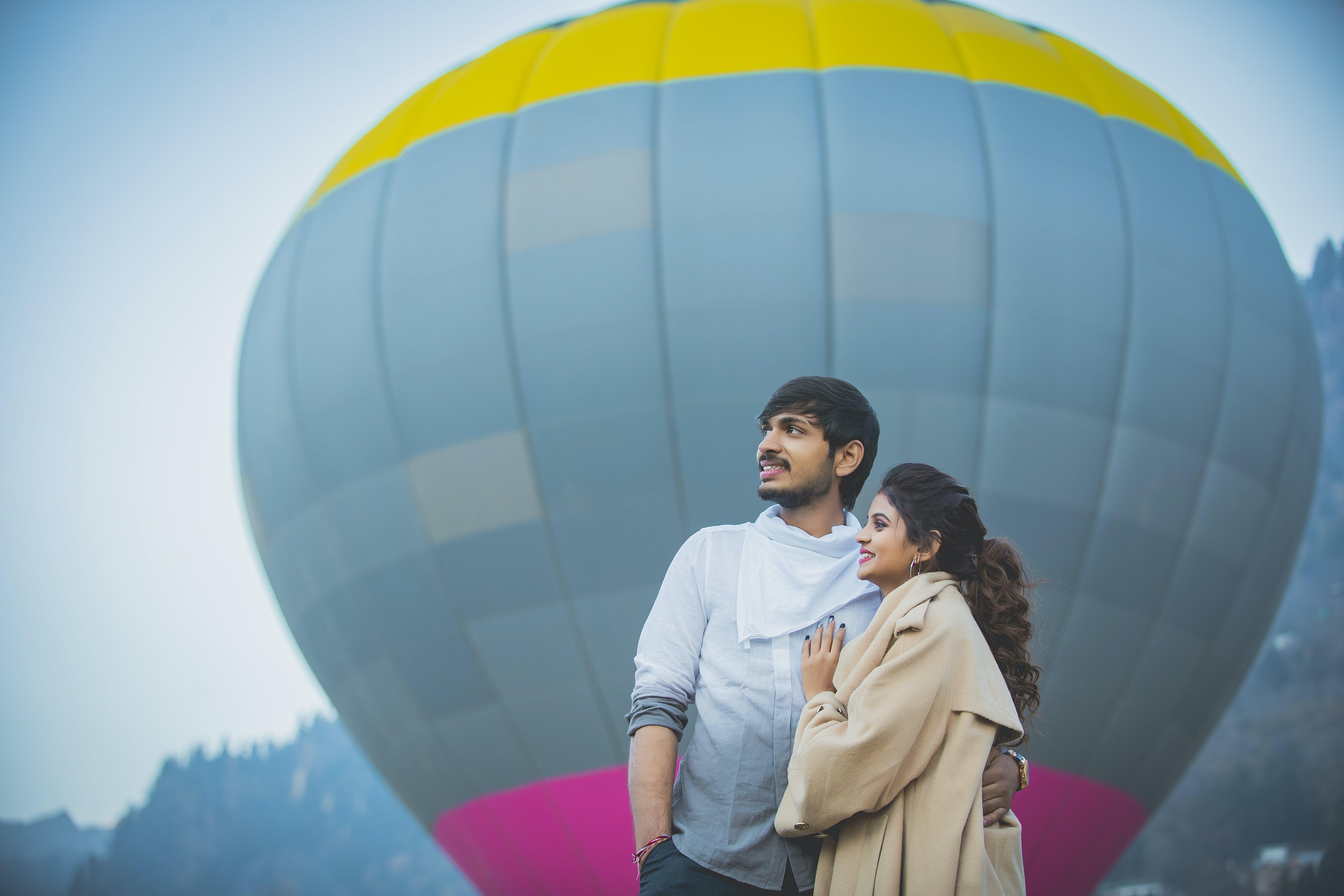 Ingyenes stockfotó ballon, barátnő, elnéz, élvezet témában