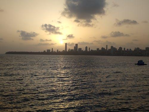 ナリマンポイントの夕日の無料の写真素材