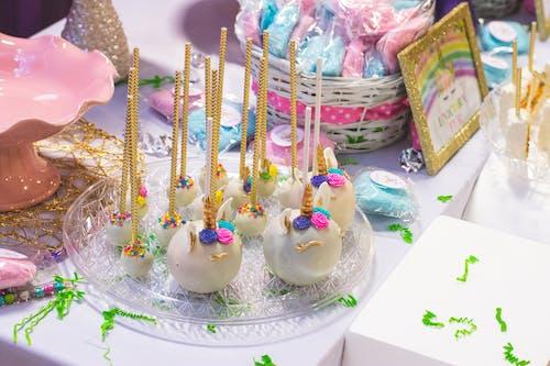 Foto stok gratis cake, dalam ruangan, dekorasi, Gula