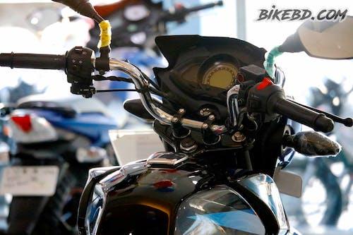 Základová fotografie zdarma na téma auto, bikebd, motorka, rozostření