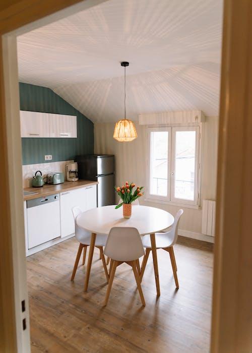 冰箱, 天花板, 室內, 室內設計 的 免费素材照片