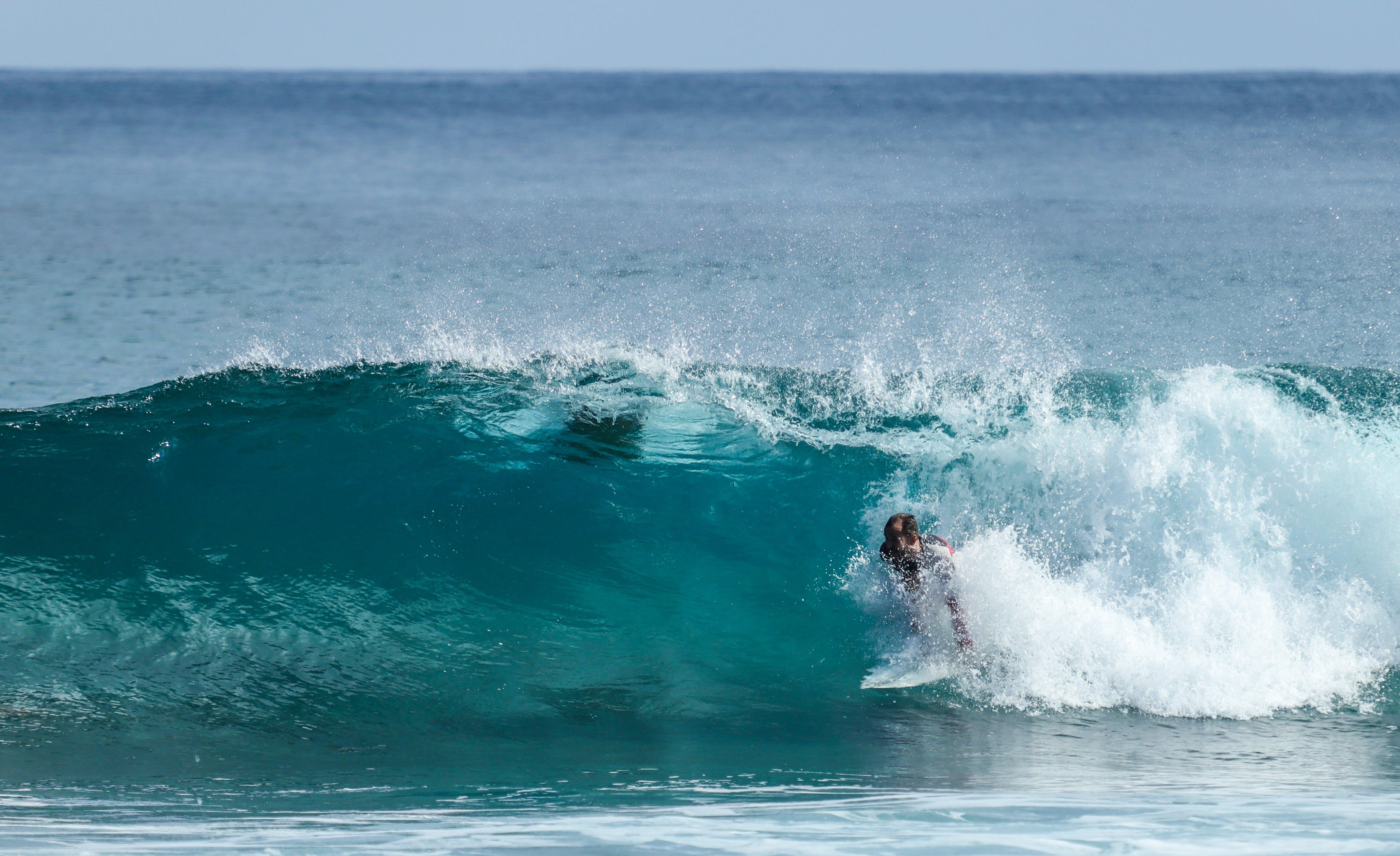 Gratis lagerfoto af badehuse, bølger, esports, metaloverflade