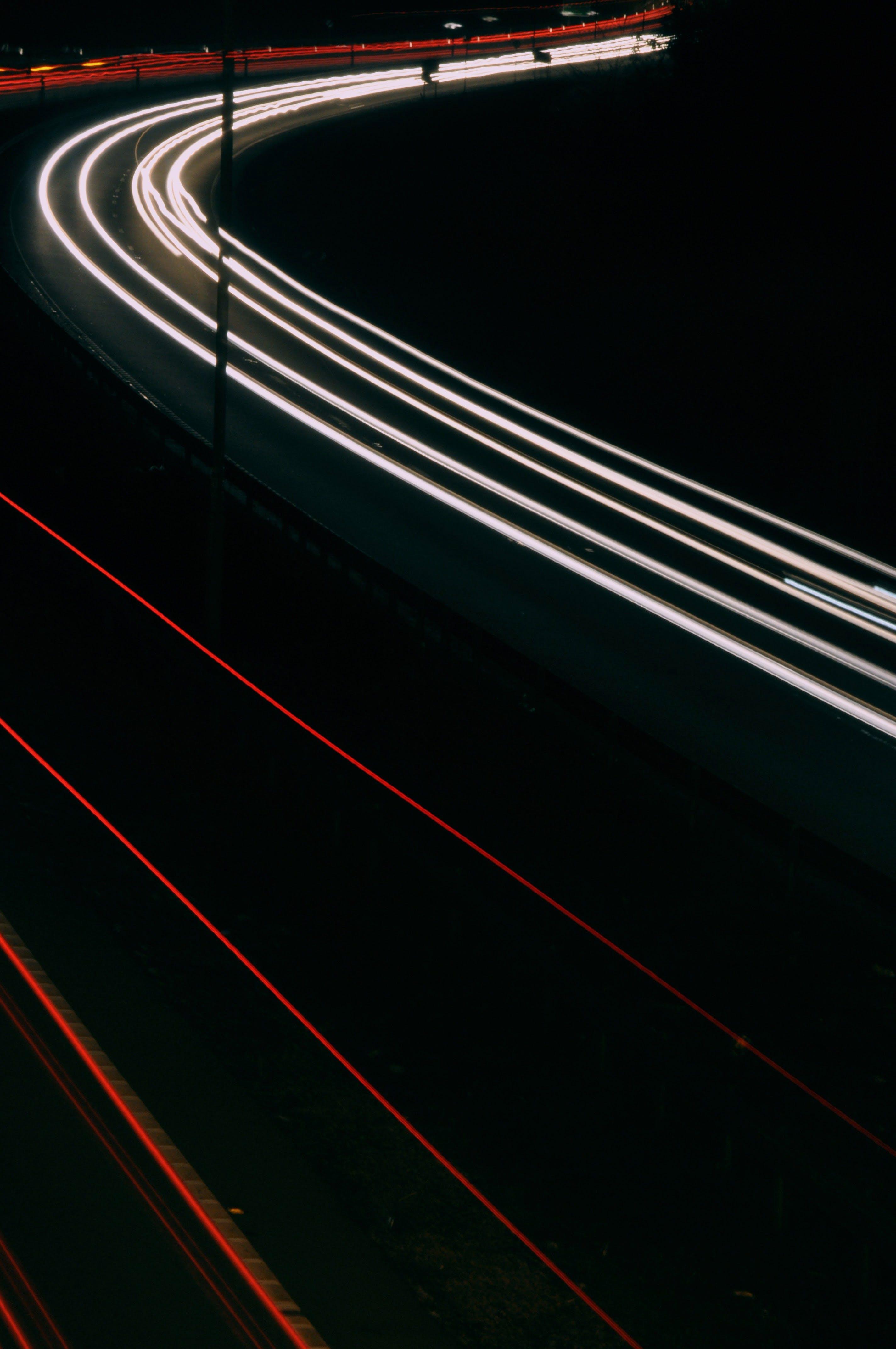 Ingyenes stockfotó akció, autó, autólámpák, éjszaka témában