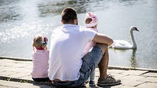 Kostenloses Stock Foto zu bezaubernd, draußen, erholung, familie