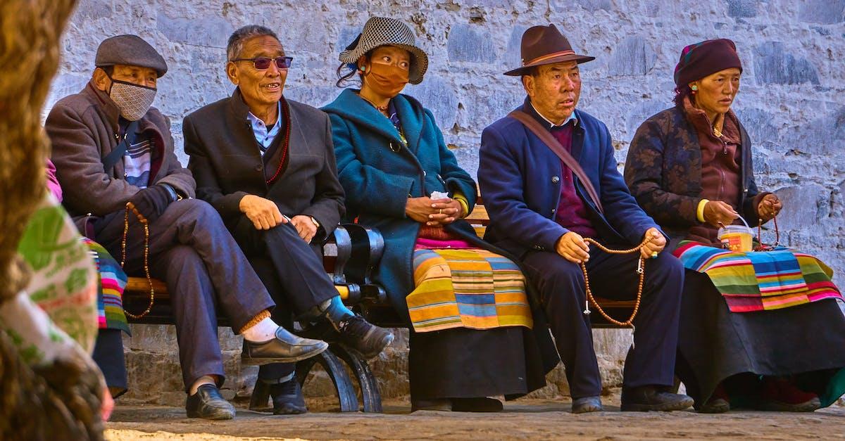 можете прийти показать фото людей тибетцев стакане кубиками