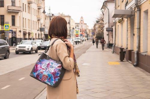 คลังภาพถ่ายฟรี ของ กระเป๋าข้ามร่างกาย, ความงดงาม, ตามแฟชั่น, ถุง