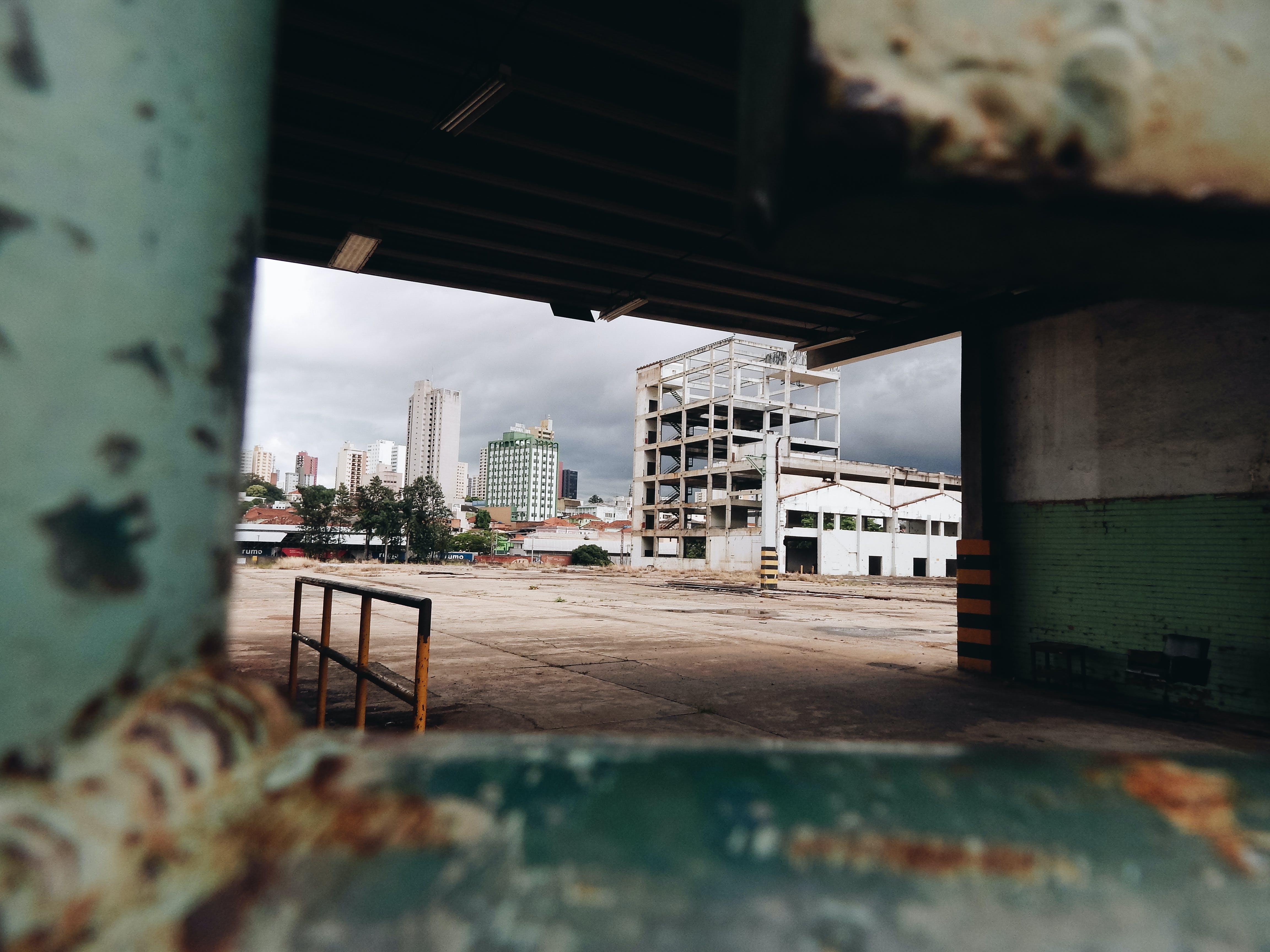 Kostenloses Stock Foto zu alt, architektur, bau, bürgersteig