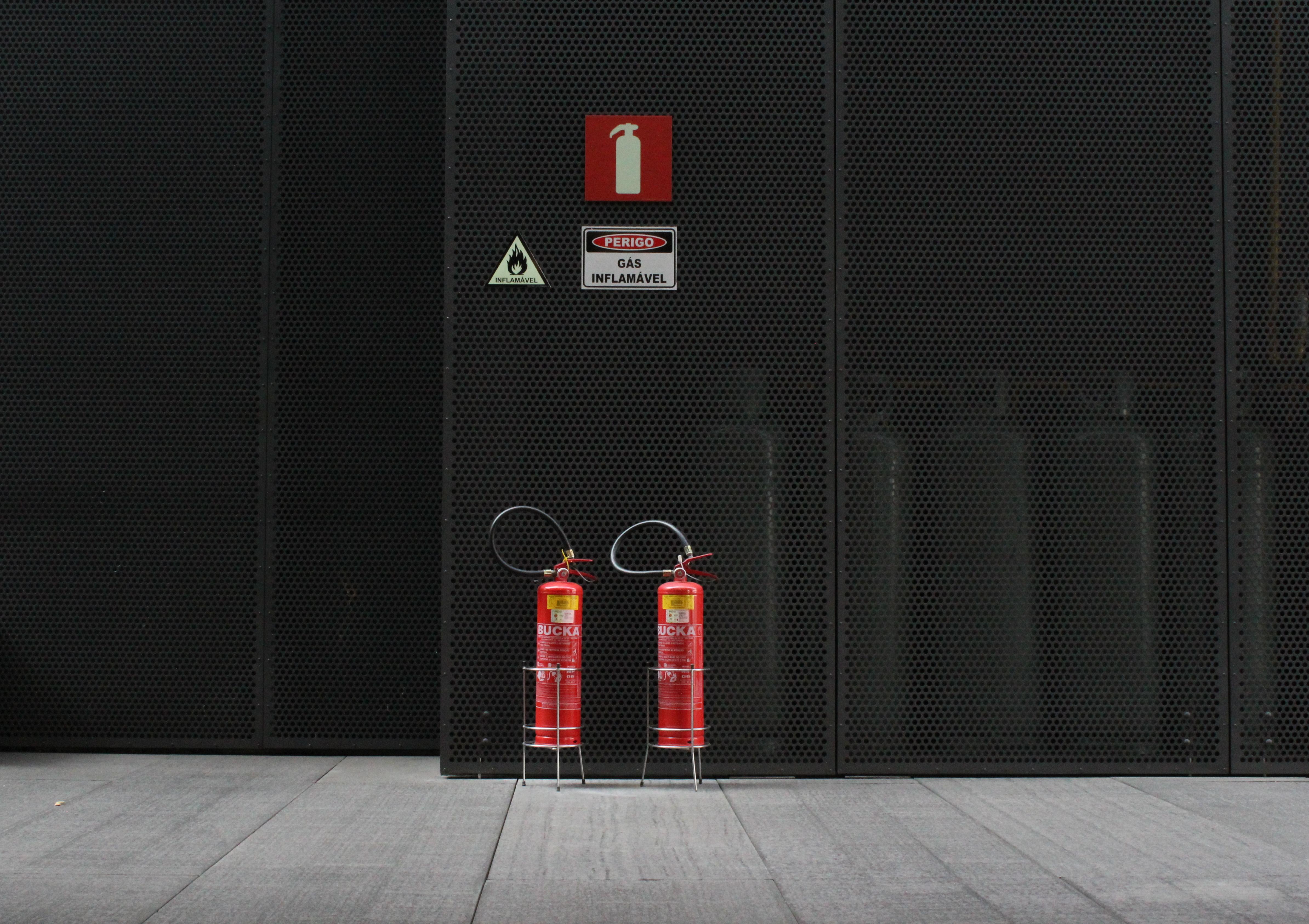 Воздушно-пенный огнетушитель: назначение, конструкция, принцип действия и применение