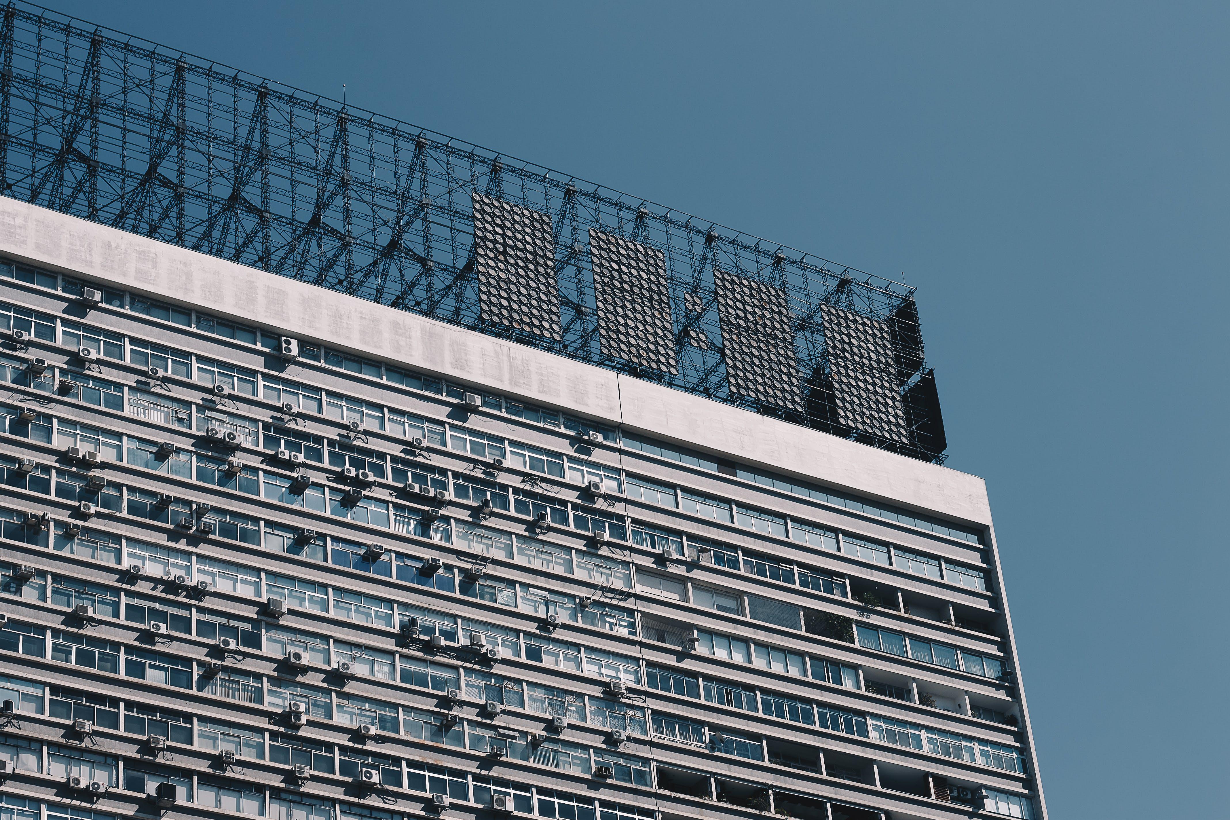 Foto d'estoc gratuïta de alt, arquitectura, articles de vidre, blau