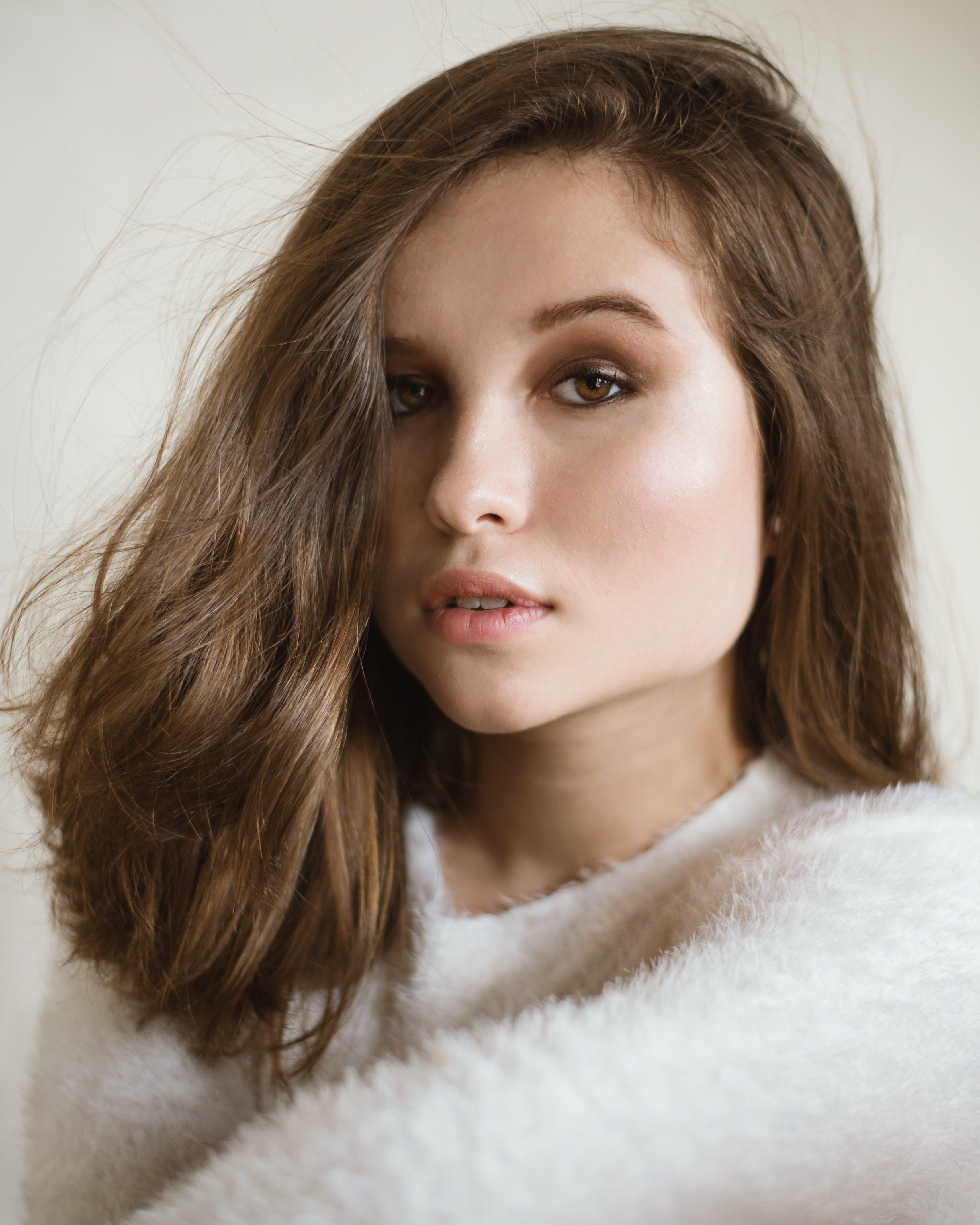 Darmowe zdjęcie z galerii z dziewczyna, makijaż, model, modelowanie