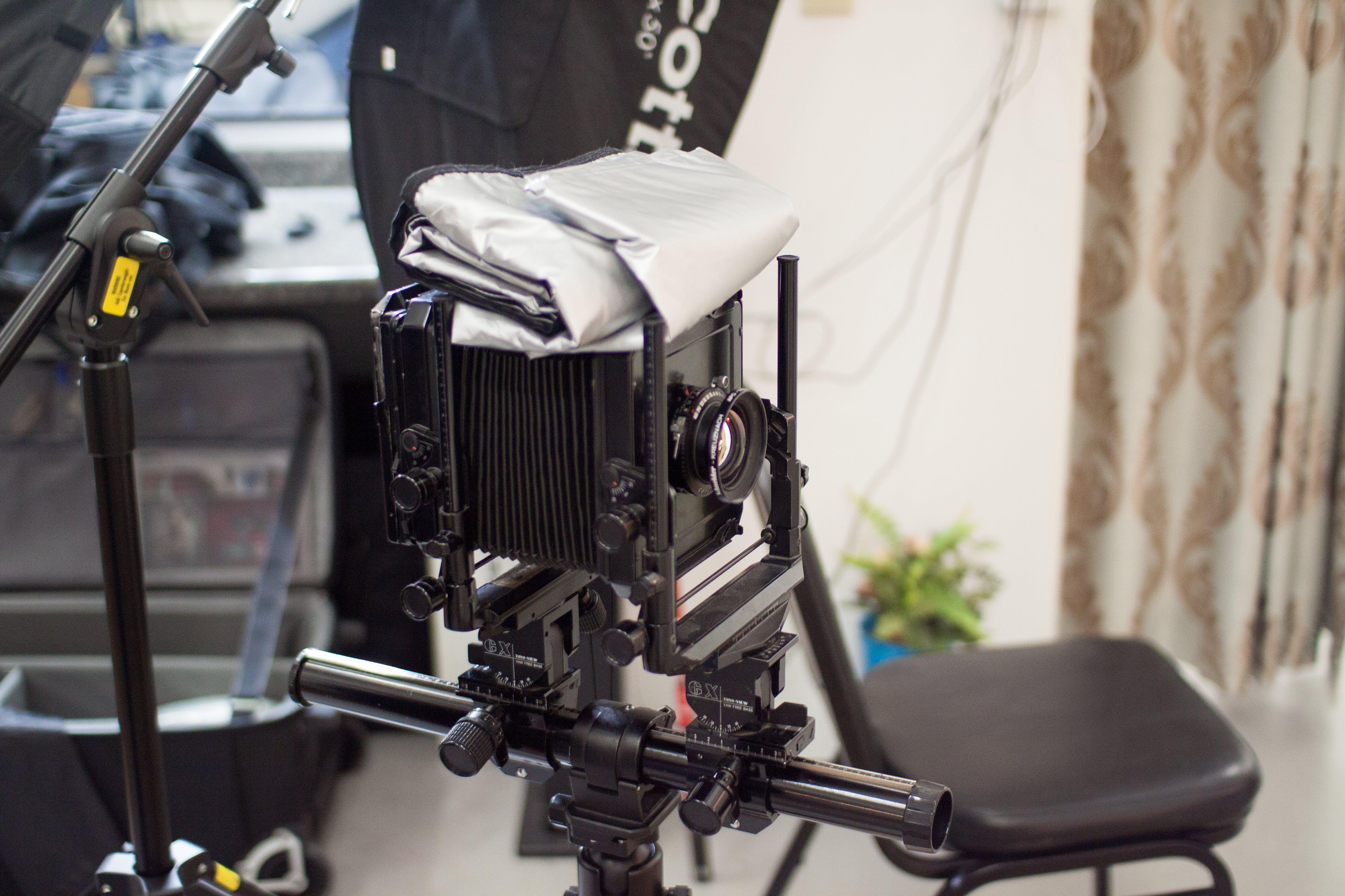 Kostenloses Stock Foto zu alte kamera, analogkamera, fotografie, fototechnik