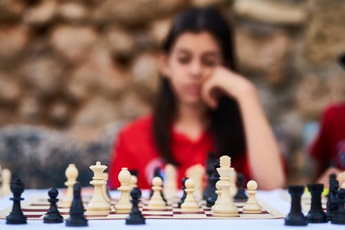 Foto stok gratis bergerak, bermain, bidak, bidak catur