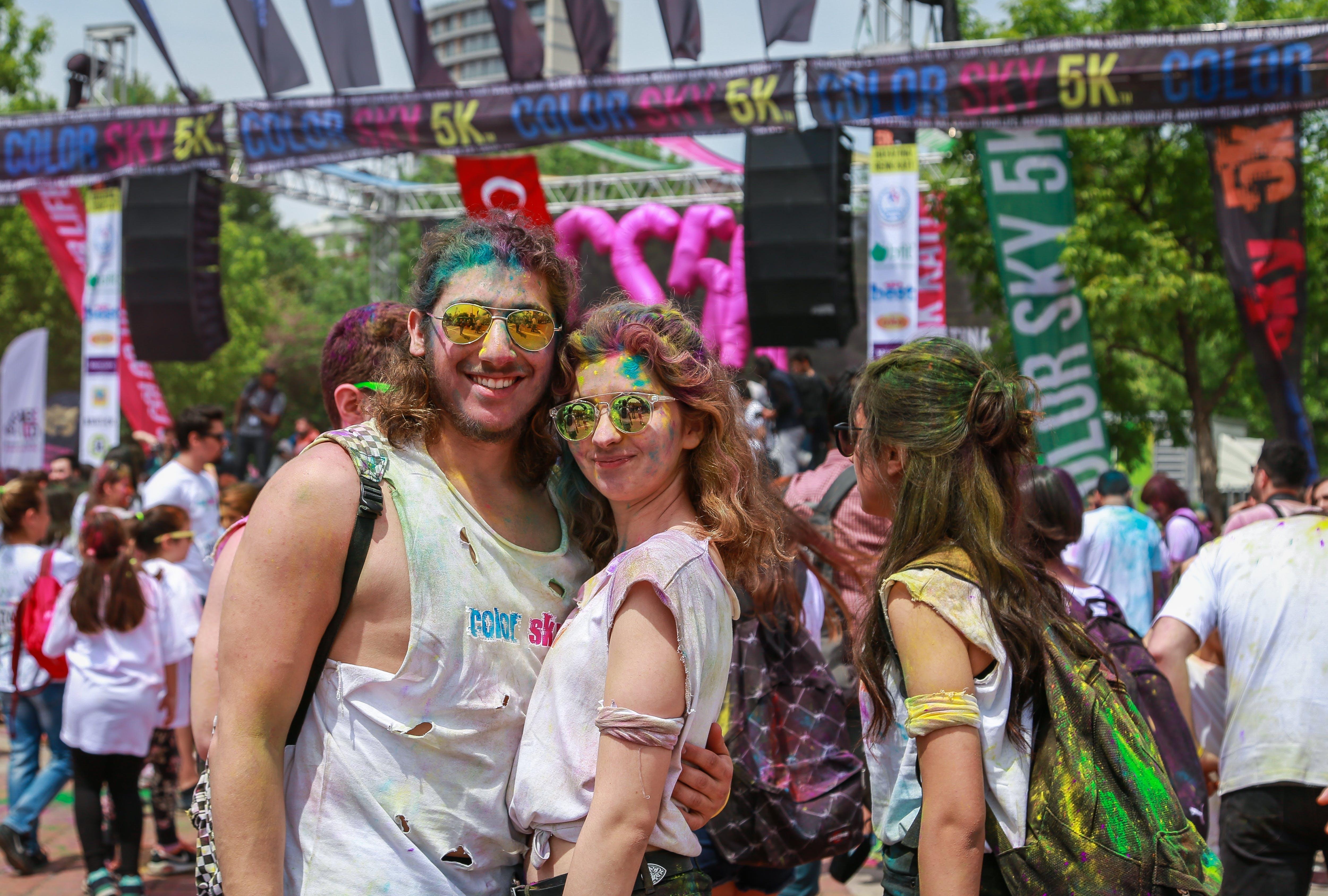 Безкоштовне стокове фото на тему «єднання, барвистий, веселий, вечірка»