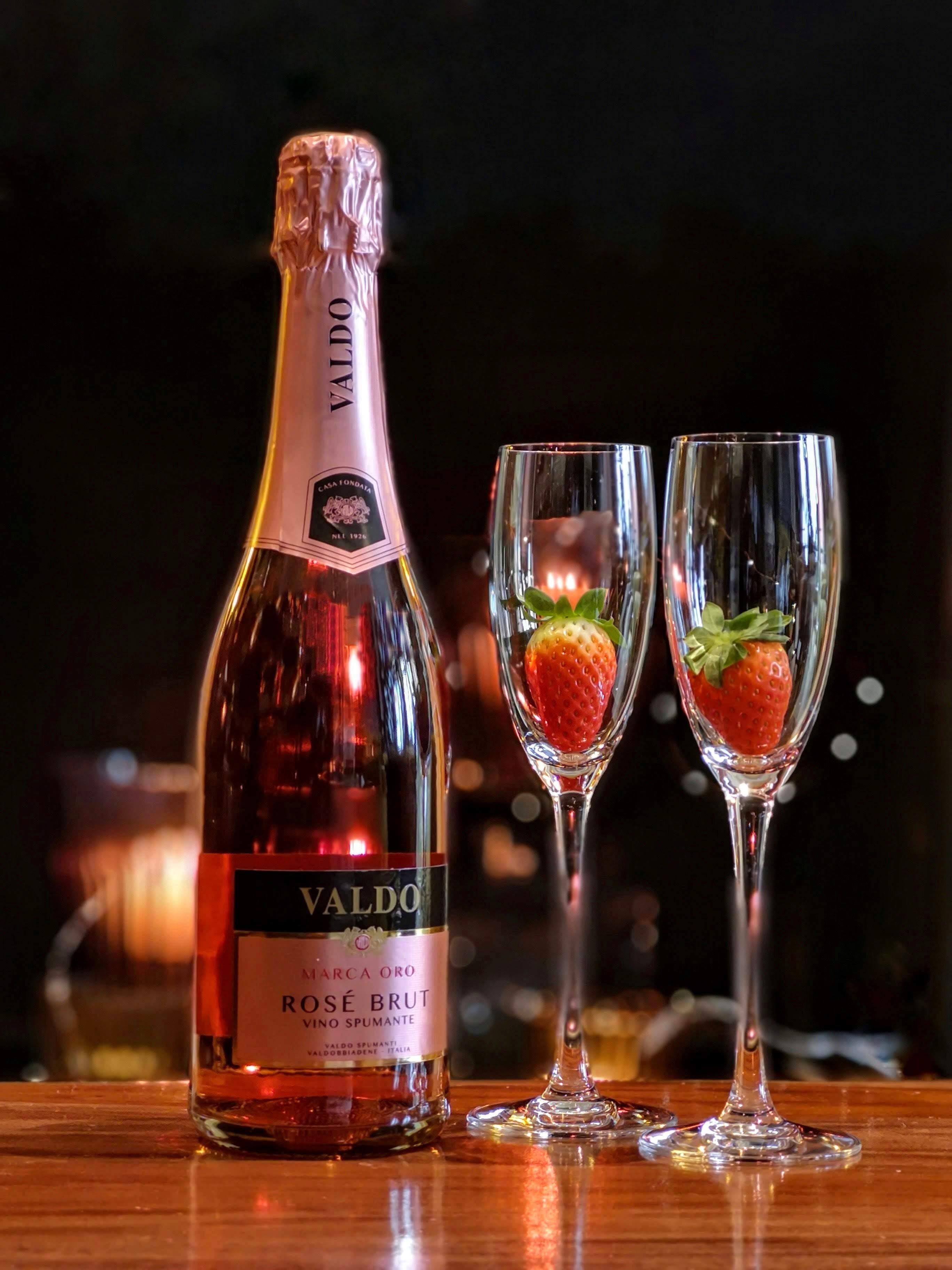 Δωρεάν στοκ φωτογραφιών με αλκοολούχο ποτό, γιορτή, γυαλί, μπουκάλι