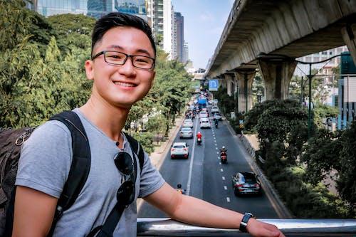 Gratis stockfoto met auto's, aziatische kerel, Aziatische man, aziatische vent