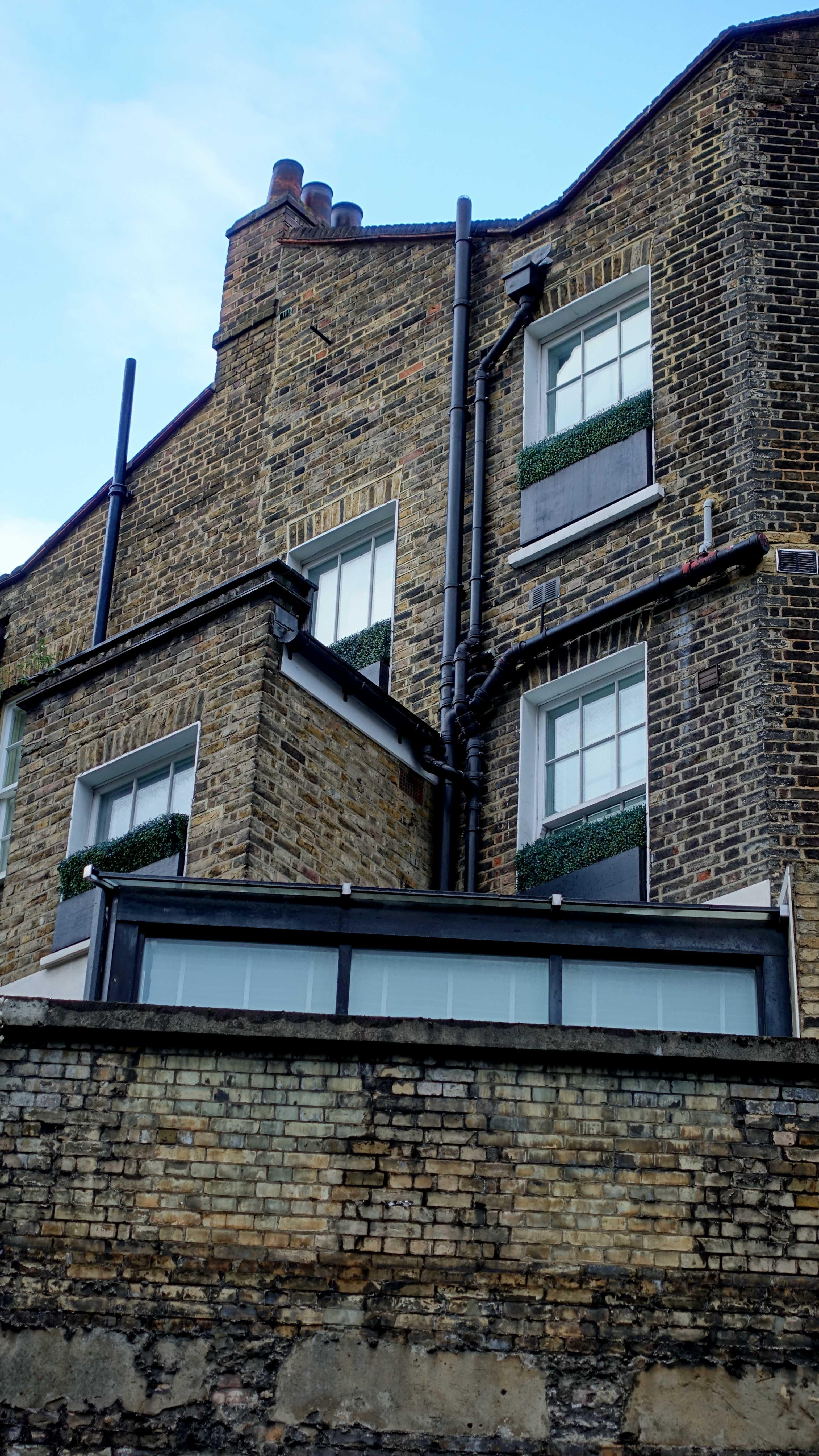 Free stock photo of brick wall, brickwall, hedge, old window