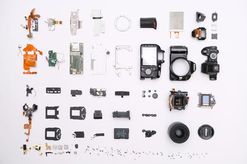 Fotos de stock gratuitas de adentro, cámara, concentrarse, contemporáneo