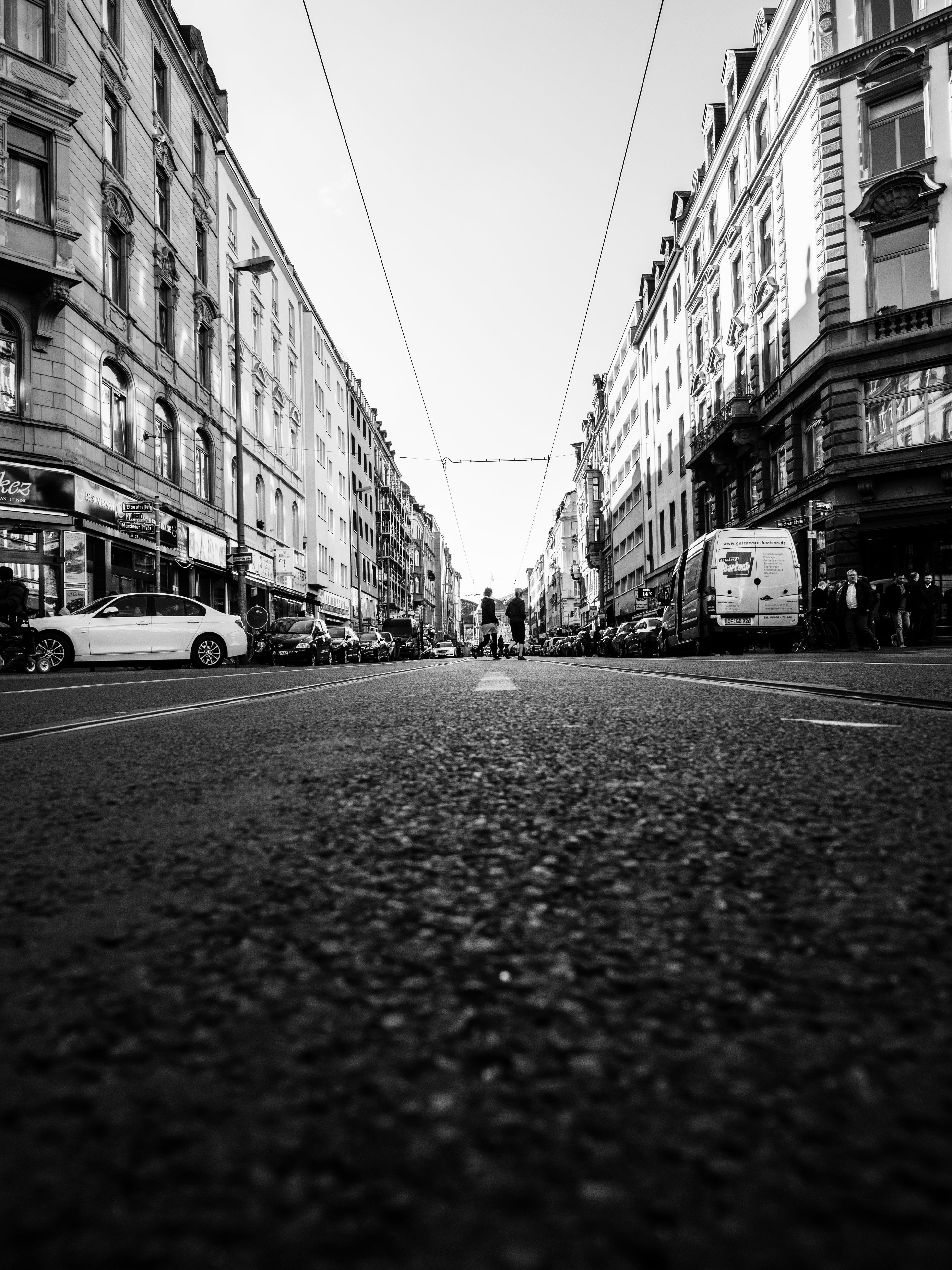 Foto d'estoc gratuïta de Alemanya, carrer, cotxes, distància