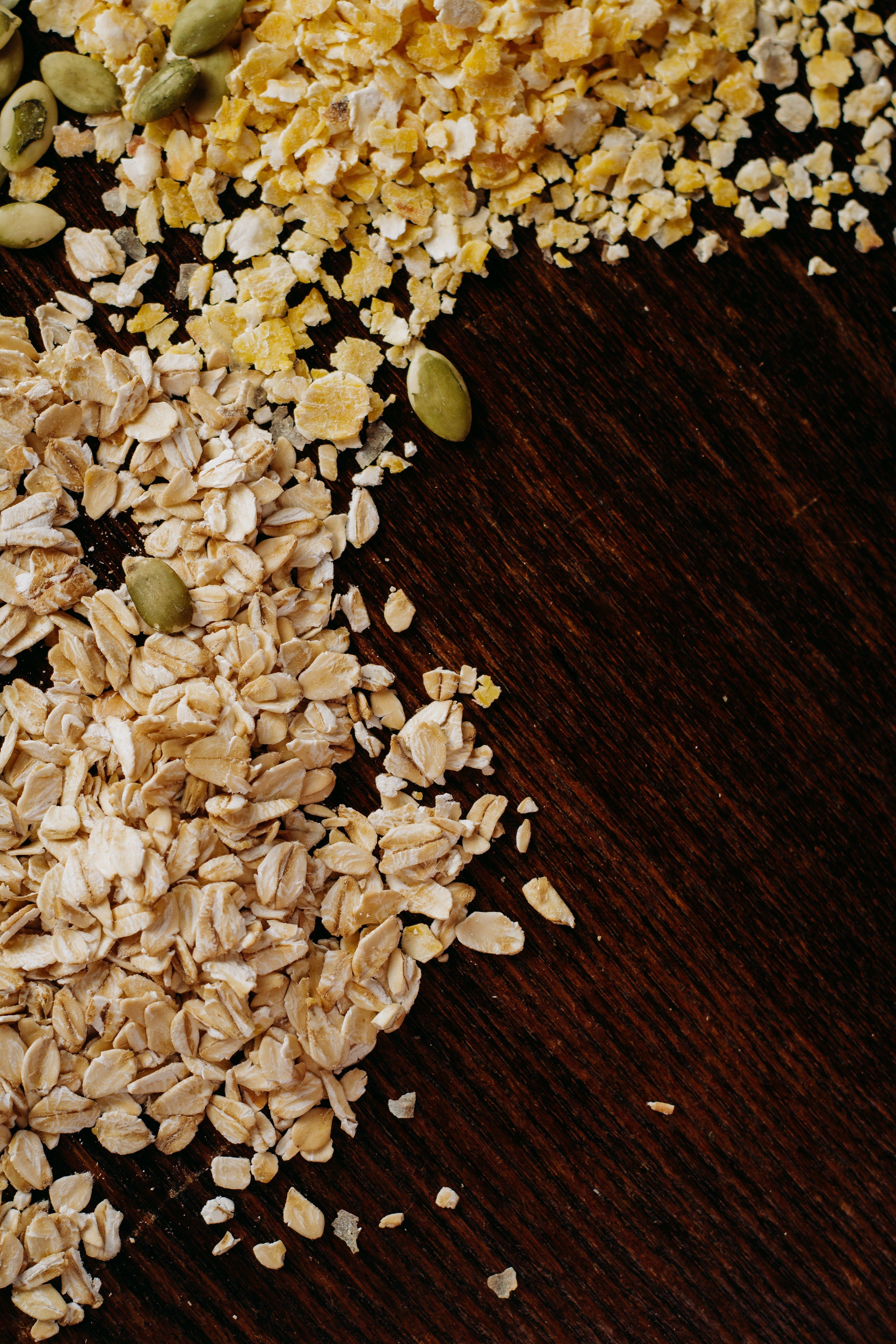 Kostenloses Stock Foto zu essen, gesund, getreide, holztisch