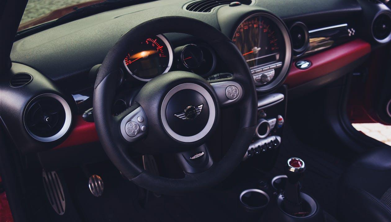 automòbil, automoció, comptaquilòmetres