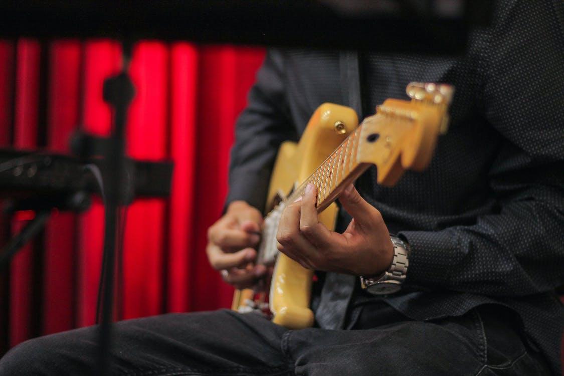 elgitarr, gitarrist, musikinstrument